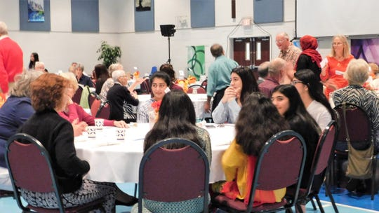 Many attendees were strangers at the start of the Eid dinner Sunday evening at Central Presbyterian Church. More than 100 people of various religions attended the dinner, organized by members of the Jewish and Christian communities to show support for the Muslim community in Franklin County.