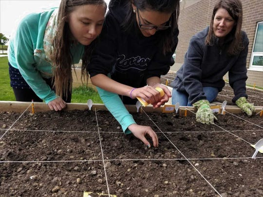 Ground Works, SD Ag In The Classroom was awarded $10,000 by the Gannett Foundation's A Community Thrives program.