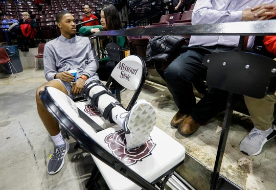 Tyem Freeman rests his leg during the Tournament of Champions at JQH Arena on Jan. 18, 2019.