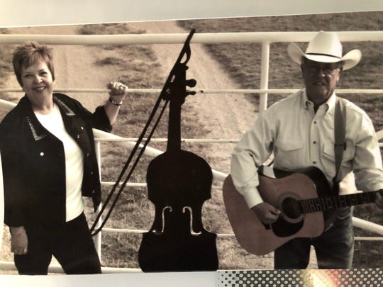 "Retired teachers Kenny and Susan Mayo and their group Post Oak will open their summer shows with a ""Tribute to Bob Wills"" at  7 p.m. Saturday at Red River Revue and Opry House in Byers, Texas."