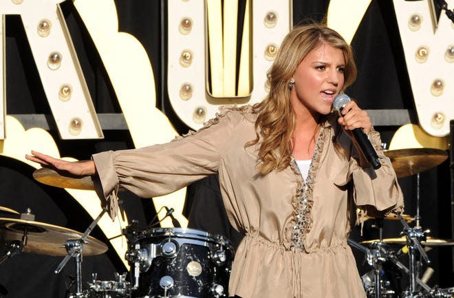 Singer Jordan Pruitt, performing here in 2010, has accused her former manager of sex abuse.