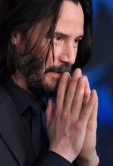 Fans are keeping Keanu Reeves' love life in their thoughts and prayers.