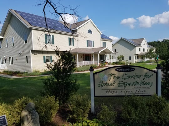 The Center for Great Expectations received a$5,000 grant from A Community Thrives, a USA TODAY NETWORK program. The women's recovery program, which has operations in Somerset, Middlesex and Hunterdon, will use the funds to grow art and horticultural therapies.