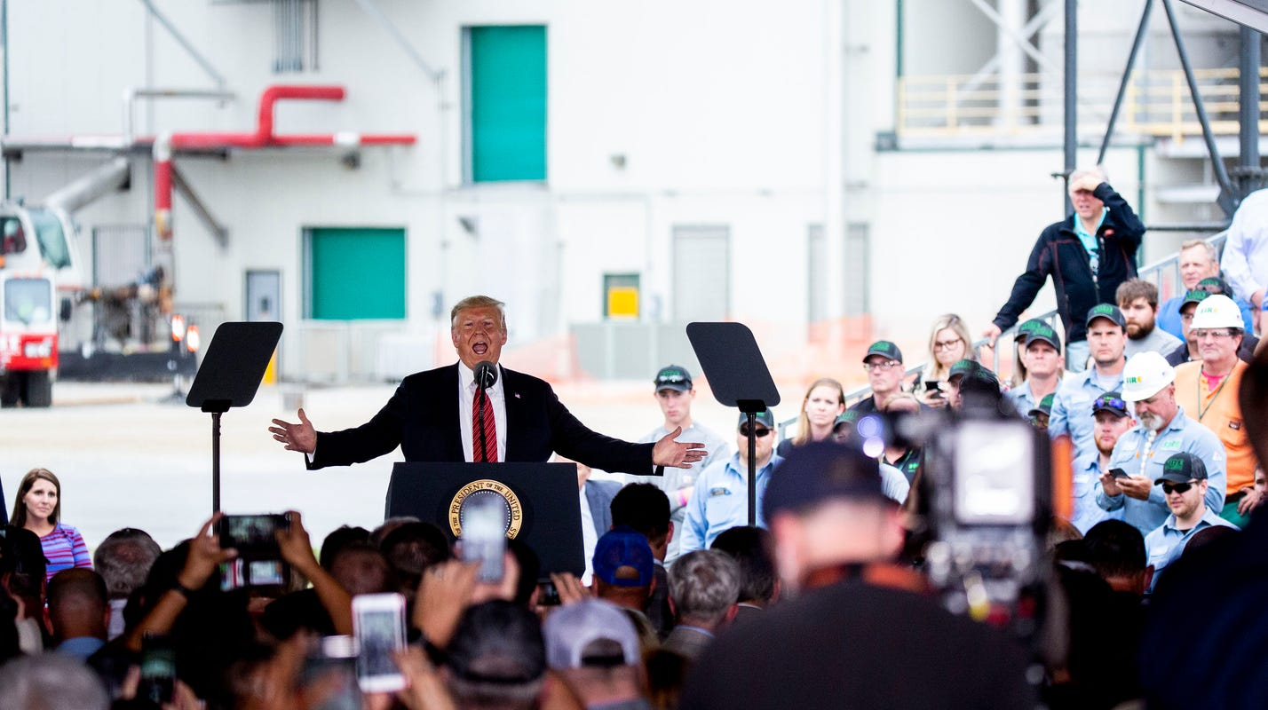 Donald Trump extends a record of broken promises to Iowa farmers