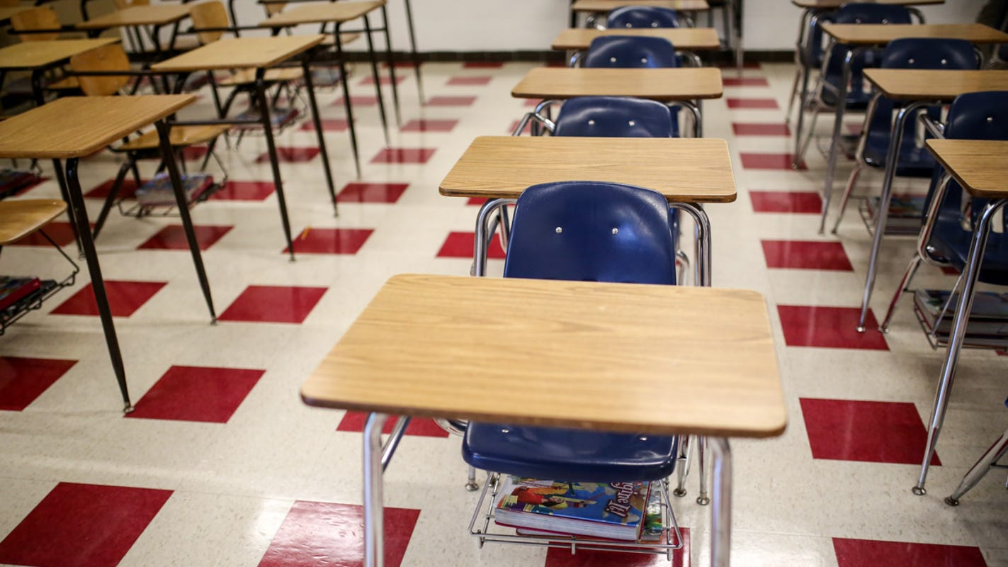 Top pay for Detroit teachers could increase under tentative deal