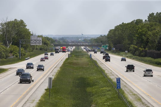 Interstate 41 six-lane proposal gets initial support in