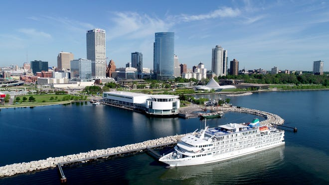 The Pearl Mist cruise ship will make Milwaukee its turnaround location through at least 2030 under a new agreement with the city.
