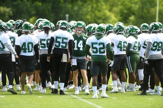 The Jets practice at the Atlantic Health Jets Training Center in Florham Park on Tuesday, June 11, 2019. (center) #14 Sam Darnold.