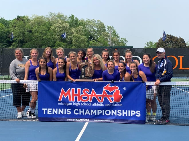 The Academy of the Sacred Heart won the D-4 state tennis championship.