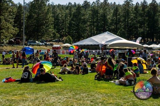 El festival Flagstaff's Pride in the Pines se lleva a cabo en Thorpe Park.