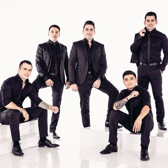 La agrupación de Vicente Guerrero, Durango, Los Primos MX, cumplen 20 años de carrera.