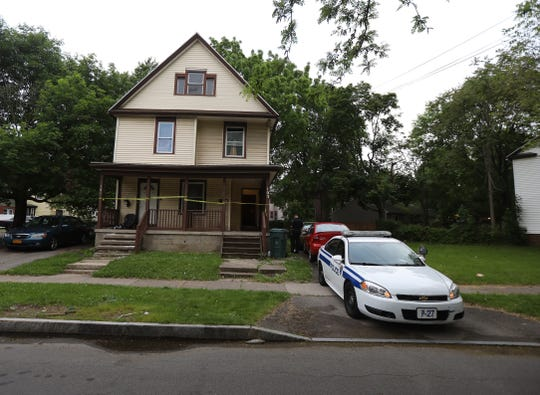 Rochester police investigate the homicide of a 19-year-old man who was found shot at 103 Fourth St. Monday evening, June 10, 2019.