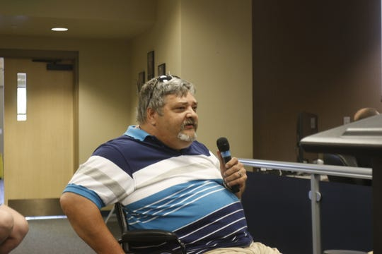 Richard Gilbert speaks at the Lebanon City Council meeting on Monday. Gilbert told council members he supported their decision to sell Nelson Park to boatmaker White River Marine Group for business expansion.