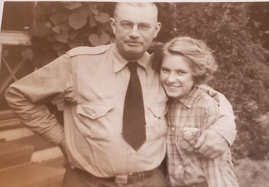 Frank Newman and his daughter Elspeth in 1949