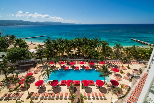 Cheap Caribbean Resorts Get Luxury At A Discount With