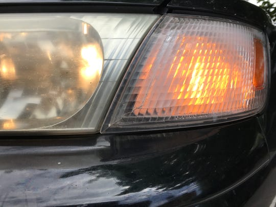 State law does require use of turn signals, but many drivers still don't bother.