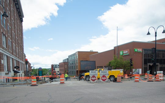Construction on St. Paul Street in Burlington, VT, is expected to wrap up late summer 2019. In the mean time, the road is closed but the sidewalks and businesses are open.