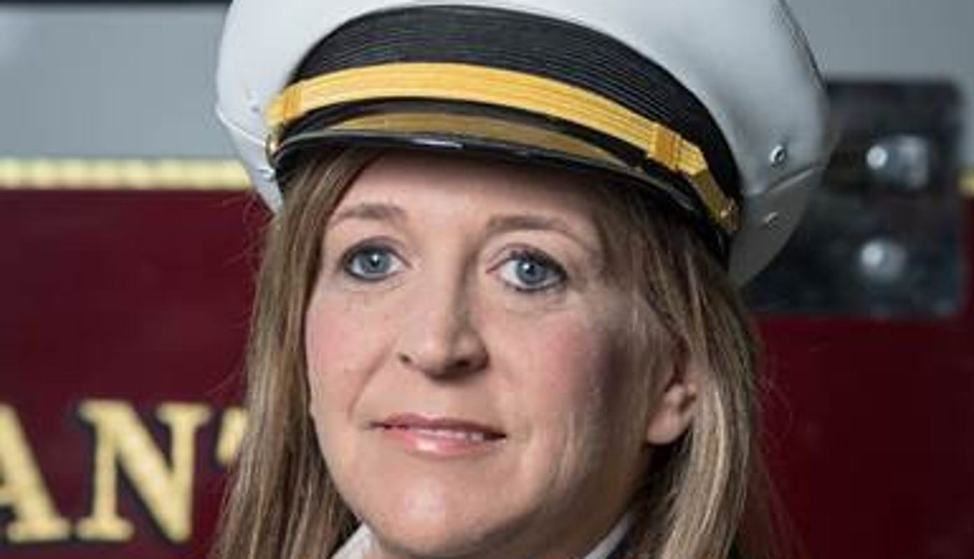 Pleasant Hill hires the city's first full-time female fire chief