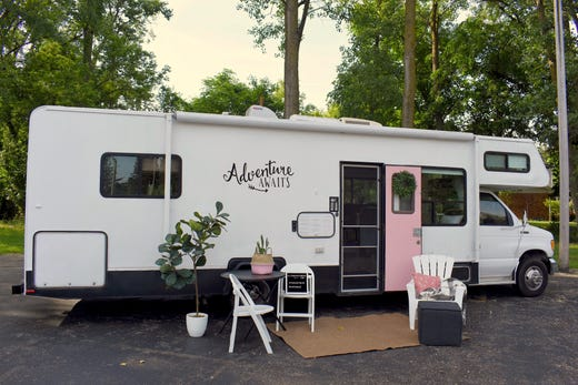 Livonia mom of five gets old RVs, trailers road-ready