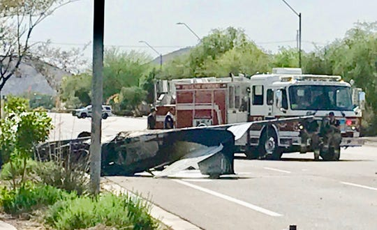 A small airplane crashed at Deer Valley Road and 31st Avenue in Phoenix Tuesday afternoon.
