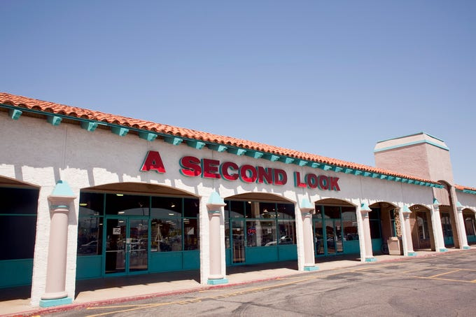 A Second Look, a thrift store at 32nd Street and Shea Boulevard in Phoenix, in 2009. It closed abruptly in 2019. The vast store resembled a department store more than it did a thrift shop.