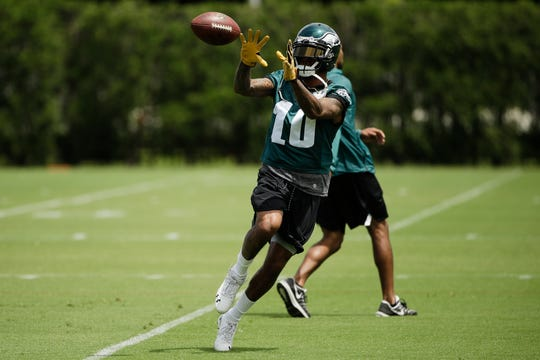 Eagles wide receiver DeSean Jackson catches a pass at the team's practice facility Wednesday.