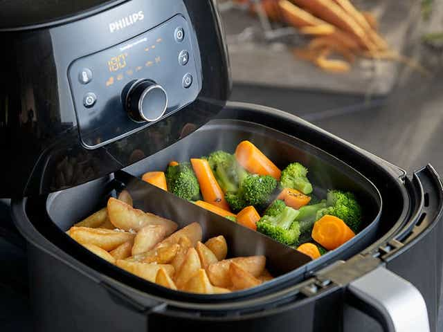Philips Airfryer XXL: Save $100 on our favorite air fryer of all time