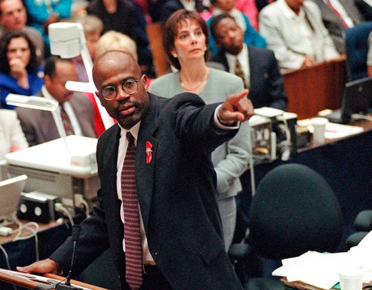 Prosecutor Christopher Darden points at a chart during his closing arguments on Sept. 29, 1995.
