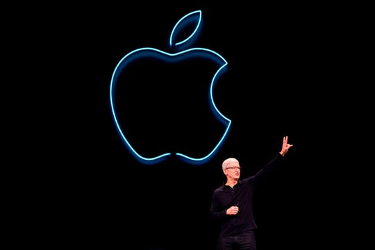Apple CEO Tim Cook took shots at other tech companies in his Stanford commencement speech