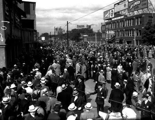 Tigers fans wait to get into Briggs Stadium during the 1935 World Series