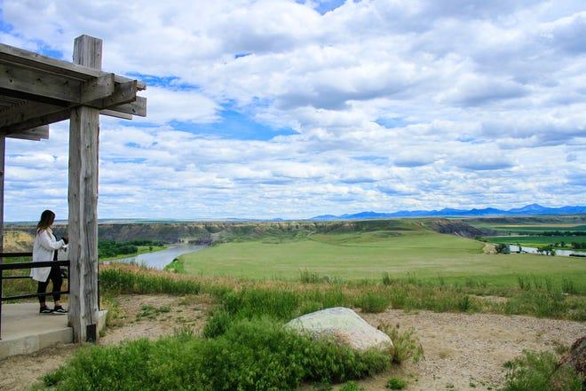 Scenic overlook stop on the way to Fort Benton
