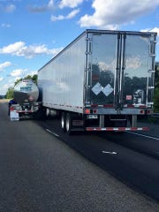 A wreck between two commercial vehicles in Loudon County has northbound Interstate 75 closed. One vehicle is leaking a possibly hazardous material, Loudon County Sheriff's Office said.