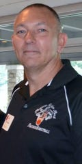Larry Kihnley has been named the boys basketball coach at Pleasure Ridge Park High School.