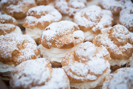 The iconic Original Cream Puff, sold at the Fair since 1924, is the most popular food item among guests – an average of 400,000 are consumed each year!