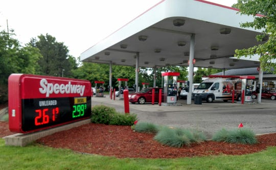 The Speedway at 14 Mile and Haggerty in Novi has plans to expand its number of pumps and add a bigger convenience store with outdoor seating.