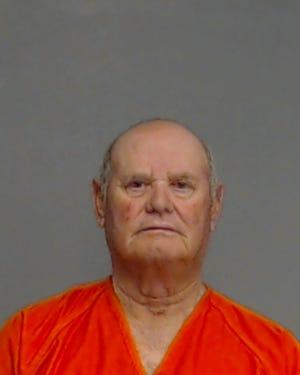 Arrest photo of Leonides Garcia Jr.