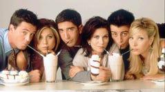 "Matthew Perry, Jennifer Aniston, David Schwimmer, Courteney Cox, Matt LeBlanc, Lisa Kudrow pose for a promotional shot for NBC's ""Friends."""