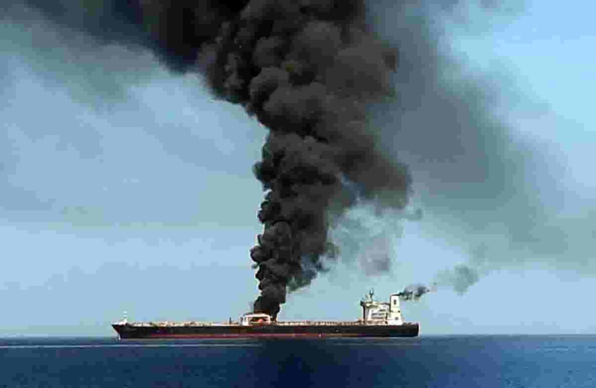 Oil tankers targeted amid Iran-US tensions
