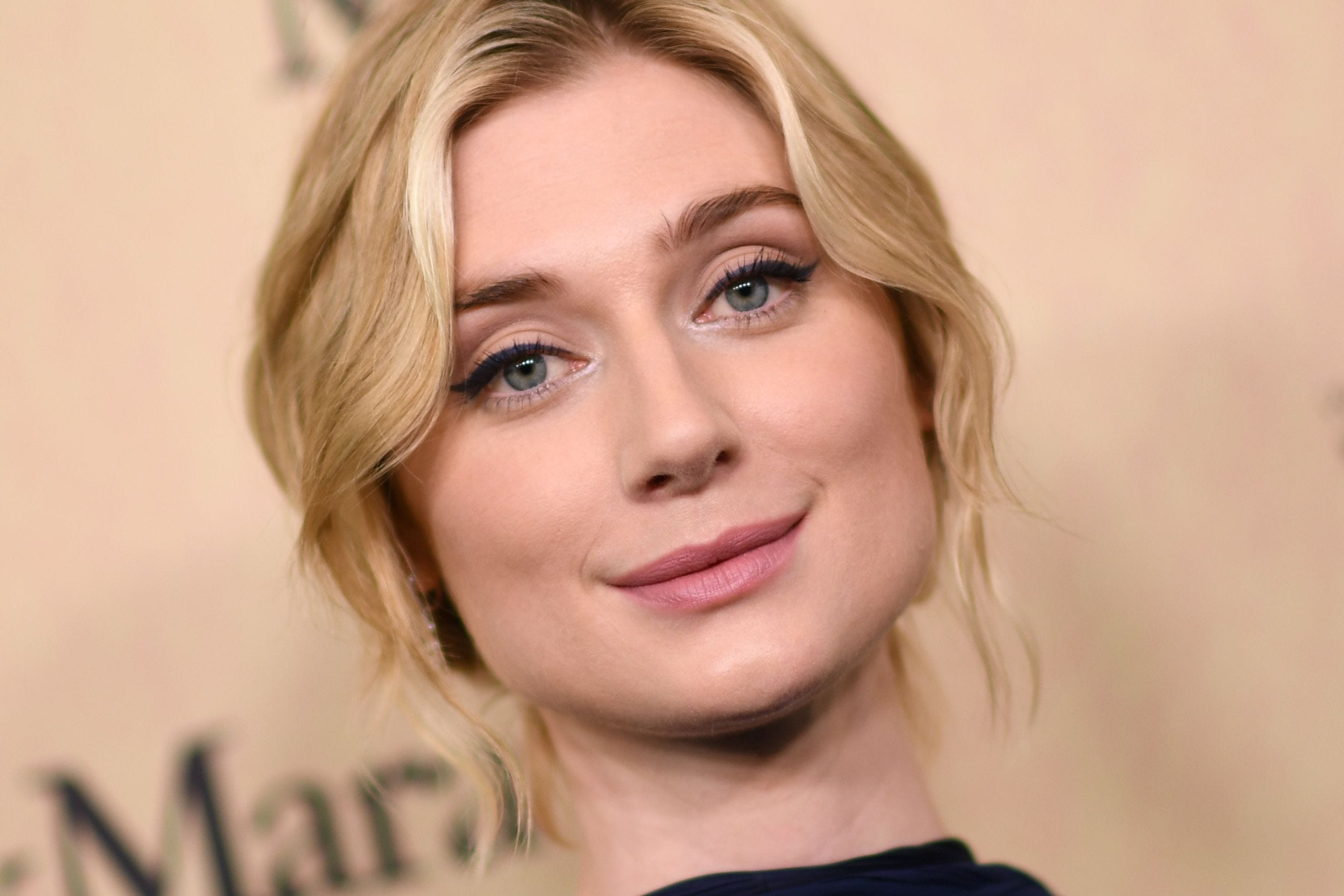 the crown s new princess diana will be played by elizabeth debicki the crown s new princess diana will be