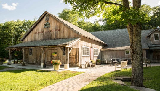 The Dorset Playhouse hosts the Dorset Theatre Festival in southern Vermont.
