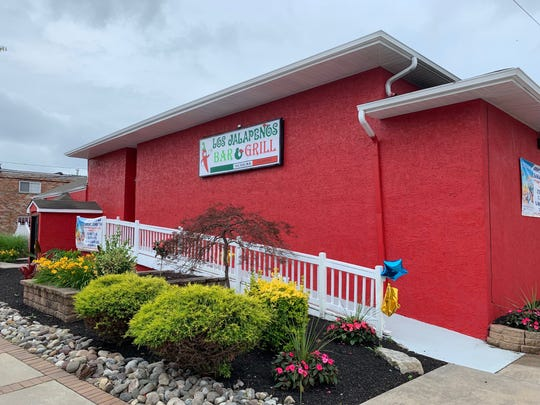 It's as red as a chili pepper and now offers bar service and a banquet hall. Los Jalapenos Bar & Grill is settling nicely into its new home in Haddon Township.