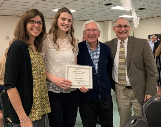 Rachael Leitnaker, student at The Ohio State University, receives the Jerry Floyd Memorial Fund Scholarship.