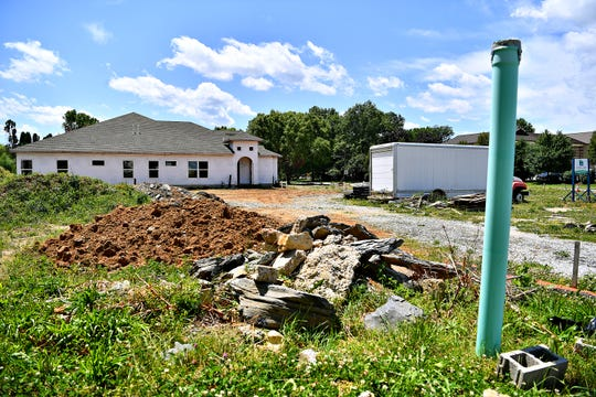 Construction is at a standstill on property at Eastern Boulevard and South Royal Street in Springettsbury Township, Friday, June 14, 2019. Dawn J. Sagert photo
