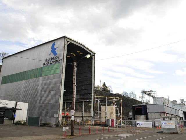 Grand Ronde tribes to buy former Oregon paper mill near