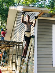 Bethel volunteers work on Habitat House for Gadsden County family.