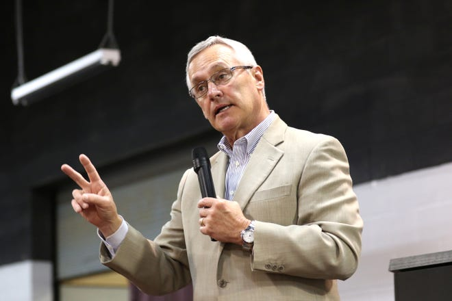 "Former OSU coach Jim Tressel was the keynote speaker. The ""Journey for All Kids"" charity benefit with the OSU legends was held at Journey's Family Amusement Center in Fremont on Friday."