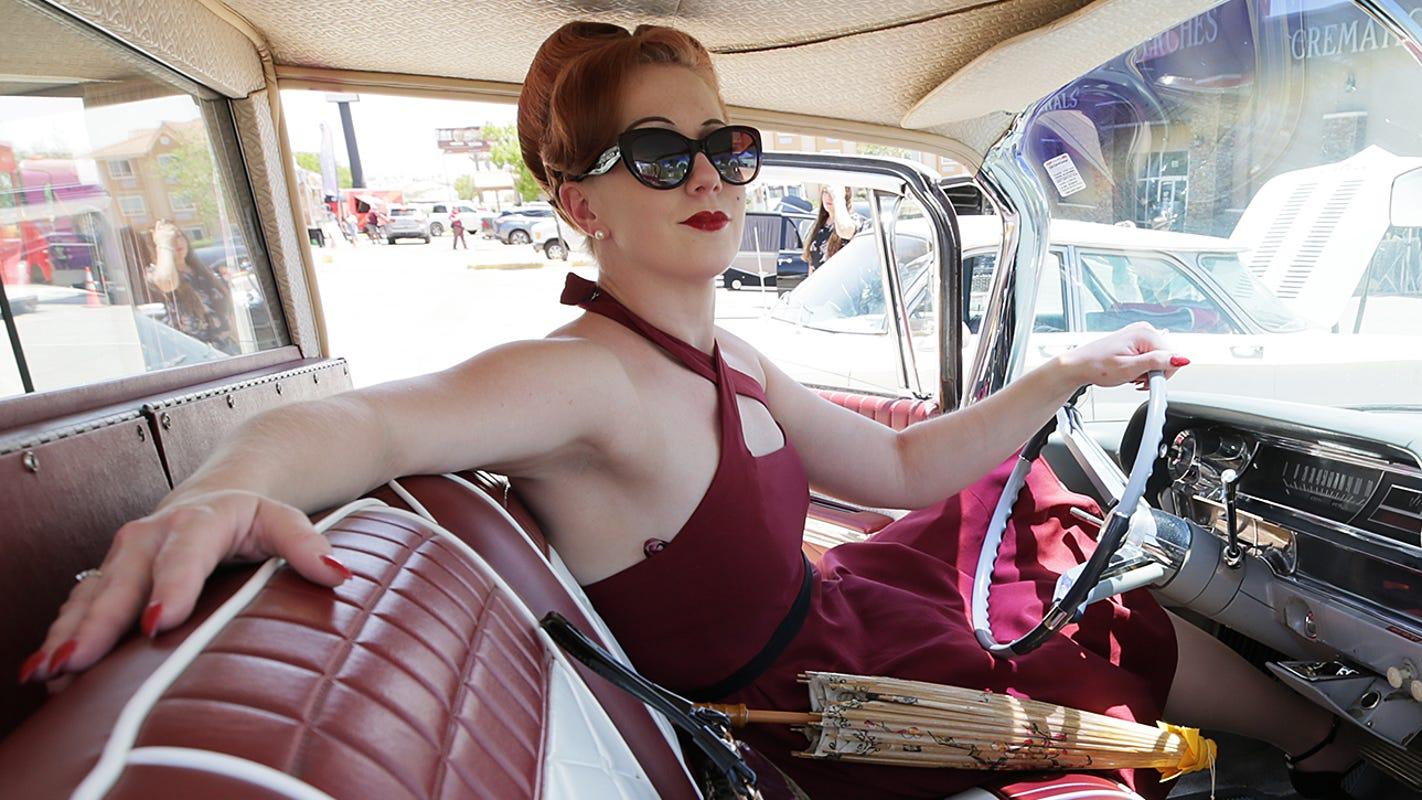 El Paso Funeral Home, Royal Calaveritas club team up for Hearse & Classic Car Show