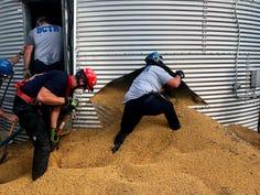 'Like quicksand': Ohio farmer survives soybean entrapment