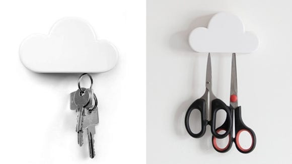 Storing keys is easier thanks to this cute magnet.