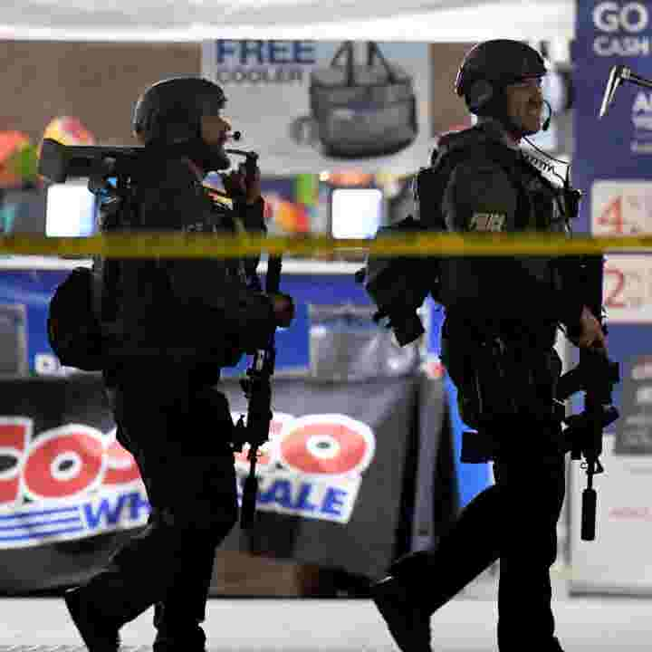 Shooting At Costco Off Duty Lapd Officer Fired Fatal Shot After Man Hit Him At Costco